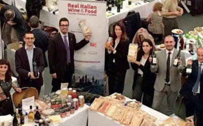 "SNACKBAG a ""REAL ITALIAN WINE & FOODS"" Londra"